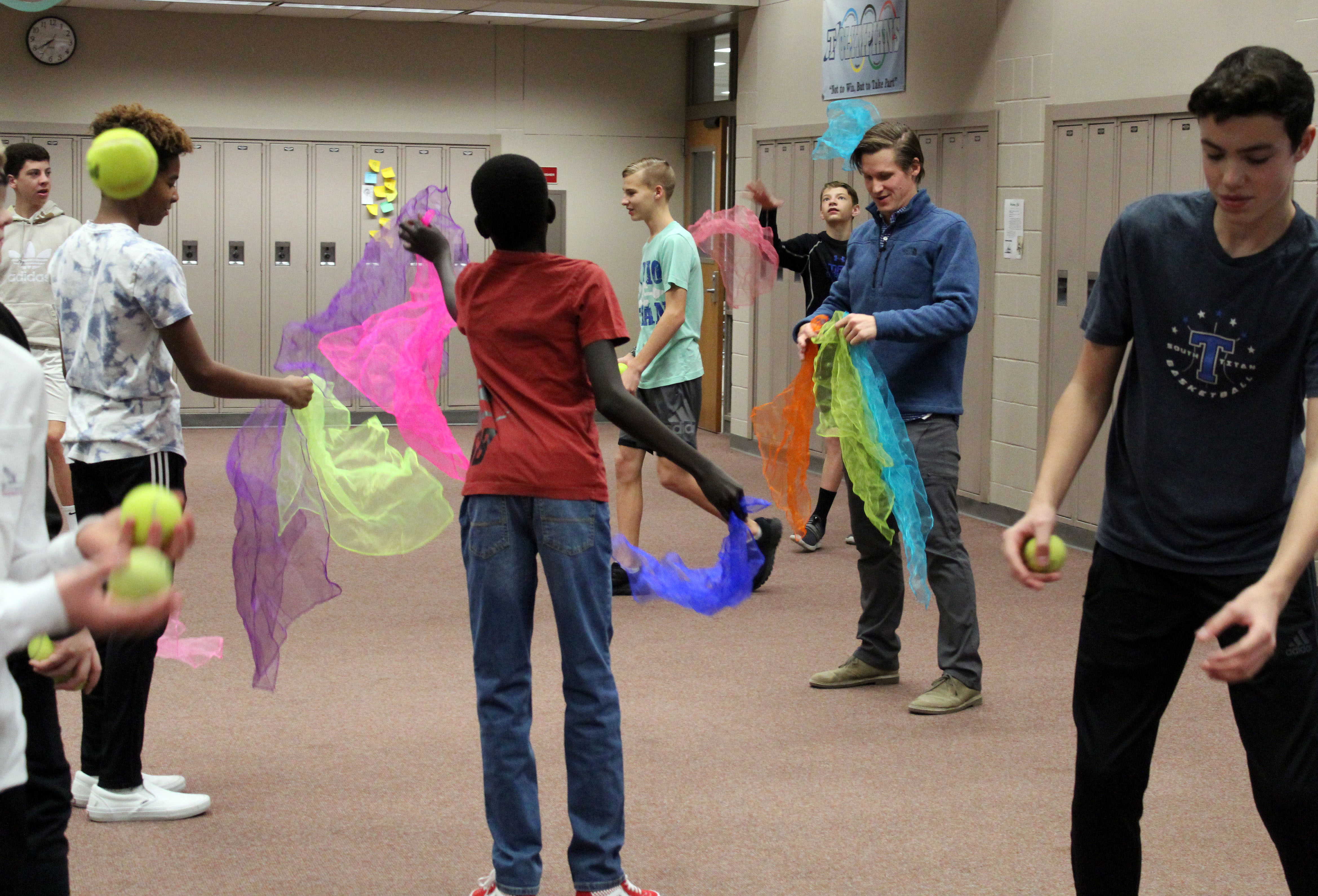 Juggling Club at Papillion Middle sharpens concentration skills, brings students together