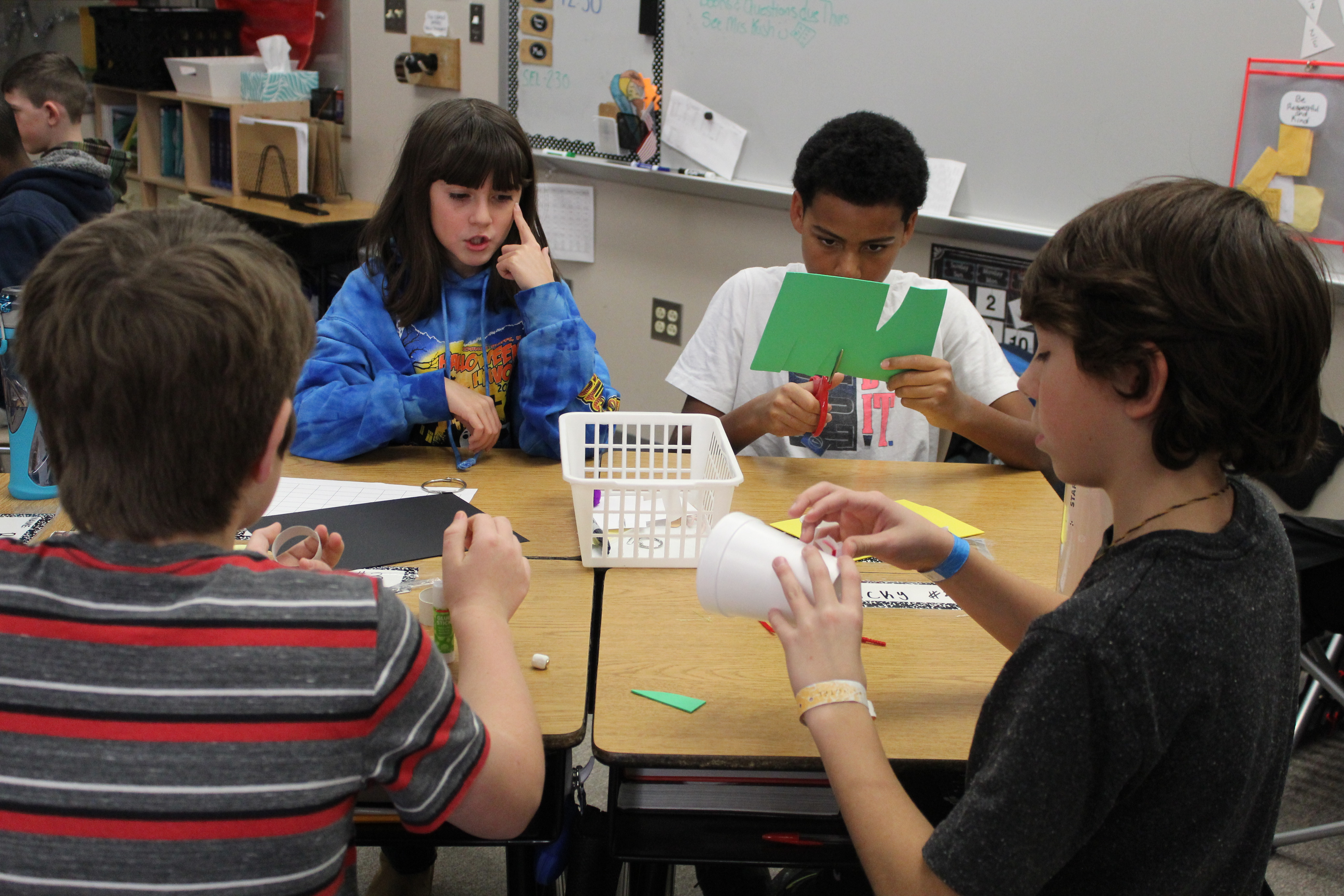 Rumsey Station Elementary 6th graders build toys before winter break