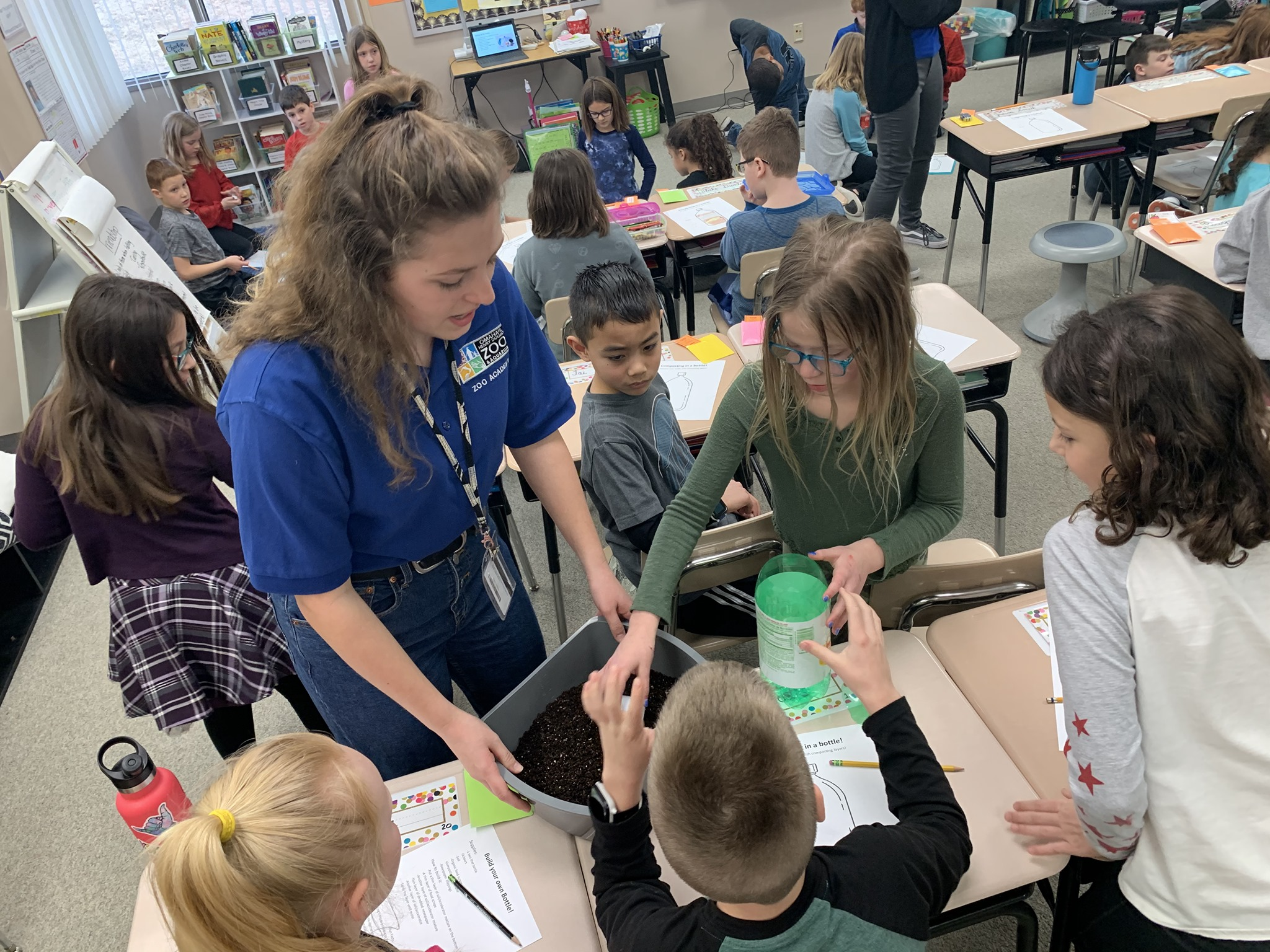 Zoo Academy students teach Walnut Creek Elementary students about composting
