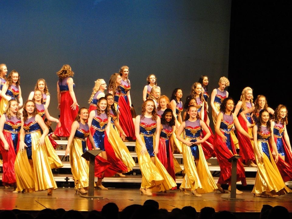 show choir performs