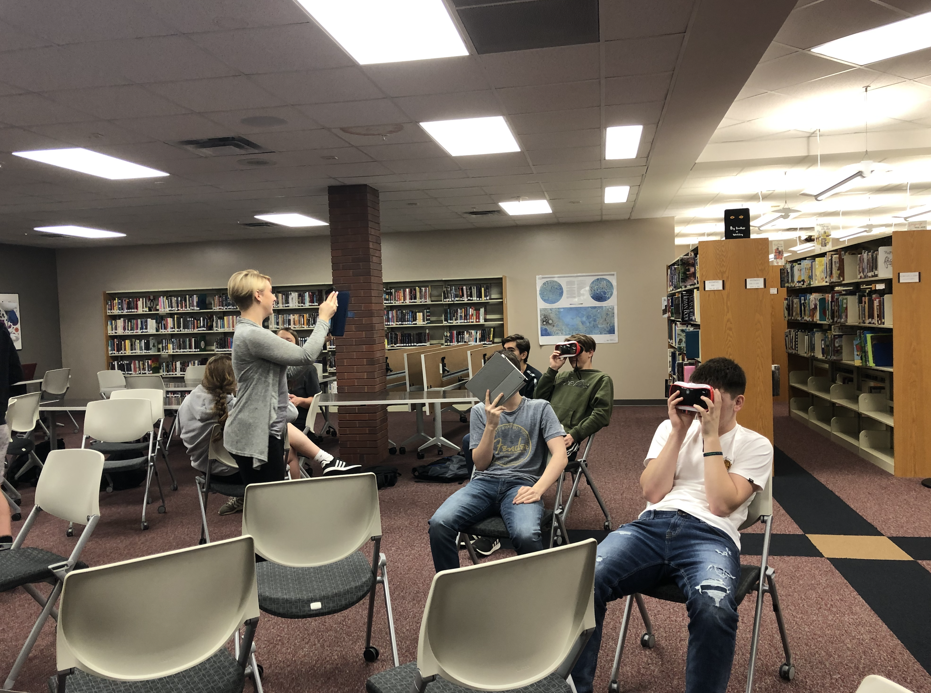PLHS students tour Spain using virtual reality