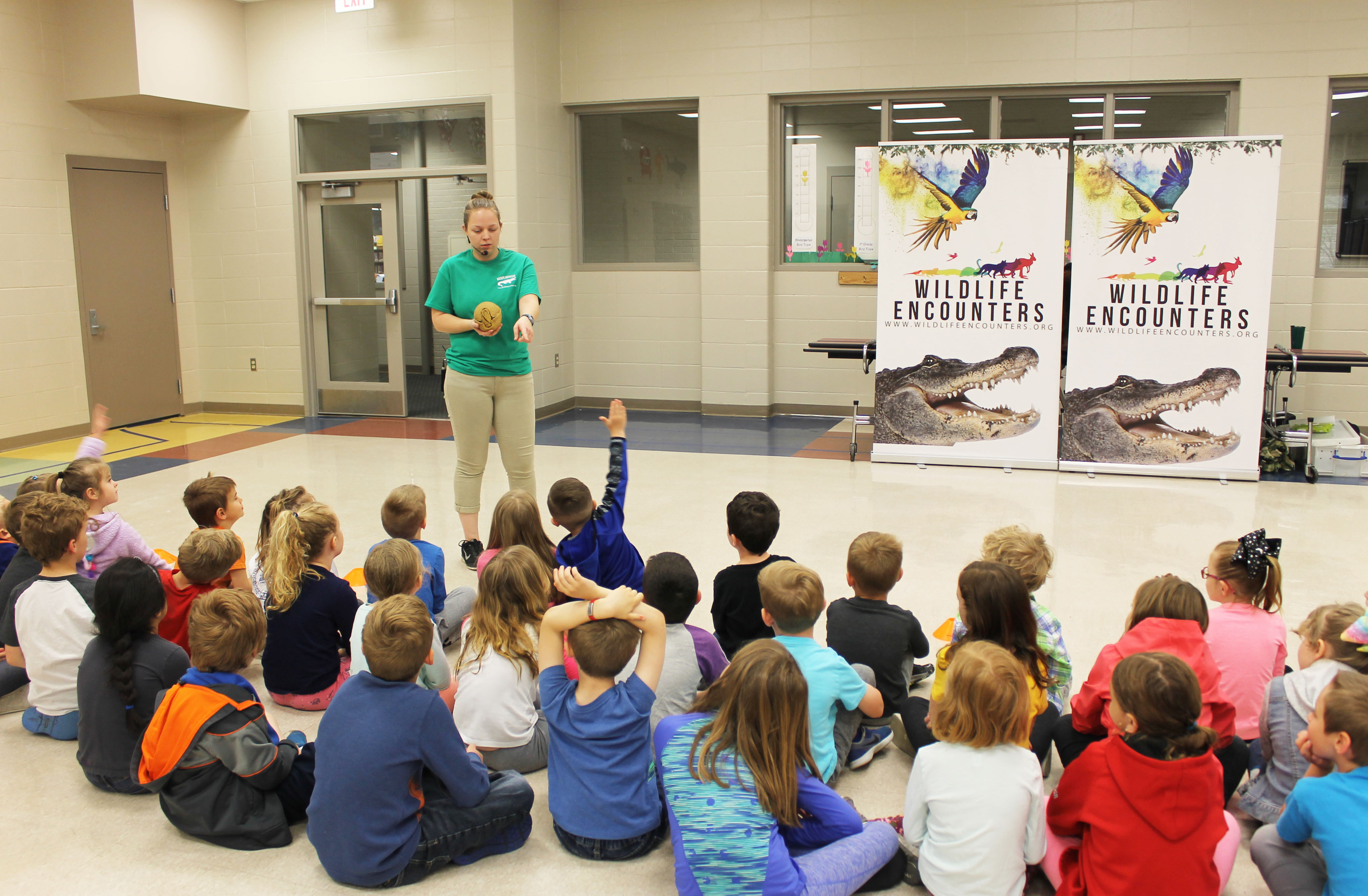 Trumble Park Elementary gets up close and personal with wildlife